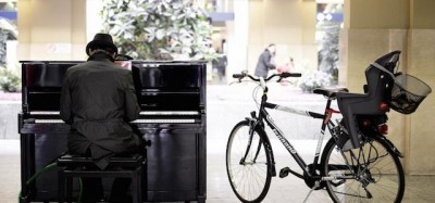 Il pianoforte per i passanti a Torino