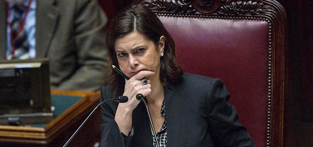 Laura boldrini ai deputati di sel non si lanciano fiori for Indirizzo camera dei deputati roma