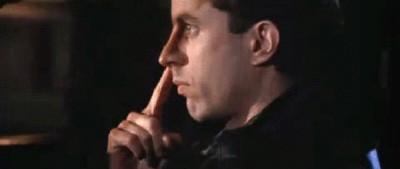 Perché ci mettiamo le dita nel naso?