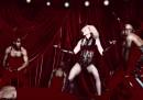 """Il video di """"Living For Love"""" di Madonna"""