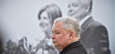La Polonia ha incriminato due russi per l'incidente aereo di Kaczynski
