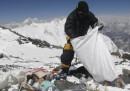 C'è troppa cacca sull'Everest