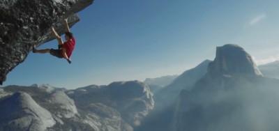 Alex Honnold, che arrampica slegato
