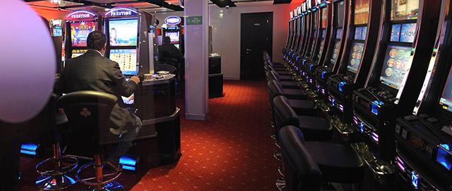 Slot machine tasse stato