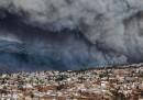 Il grande incendio a Valparaíso, in Cile
