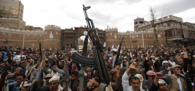 Yemen, sale la tensione: interviene coalizione guidata da Arabia Saudita