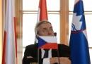 Il presidente ceco sta litigando con l'ambasciatore americano