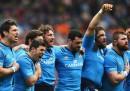 La nazionale italiana di rugby contro il presidente della FIR