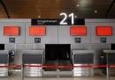 Lo sciopero negli aeroporti di domani, martedì 21 aprile: gli aggiornamenti