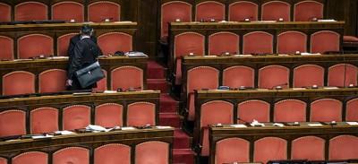 C'è un senatore dell'Italia dei Valori