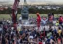 La rimozione della statua di Cecil Rhodes in Sudafrica