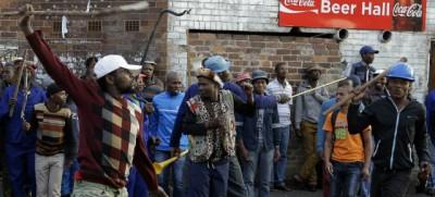 Le violenze contro gli immigrati in Sudafrica
