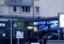 I sopravvissuti agli attacchi di Parigi hanno denunciato un canale tv