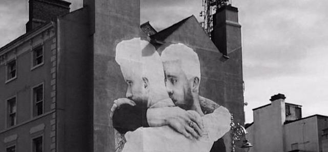 L 39 enorme murales con una coppia gay a dublino il post for Dublin gay mural