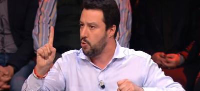 Matteo Salvini: «La Grecia ha le isolette e la feta»