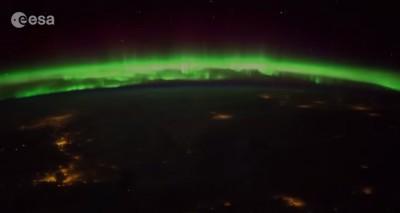 Un'aurora boreale in time-lapse, nelle foto di Samantha Cristoforetti