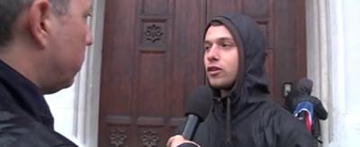 L'intervistatore del ragazzo Mattia in difesa del ragazzo Mattia