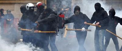 Le violenze di ieri a Milano