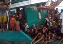 I rohingya sono ancora in mezzo al mare