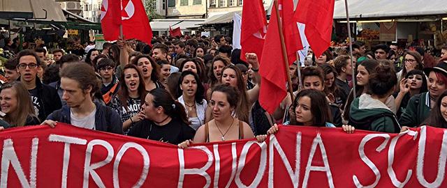 Scuola: sciopero; manifestazione a Bolzano