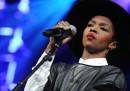 Lauryn Hill canta