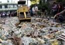 Le foto degli alcolici distrutti prima del Ramadan