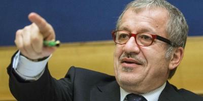 Roberto Maroni sui comuni lombardi che accoglieranno i richiedenti asilo