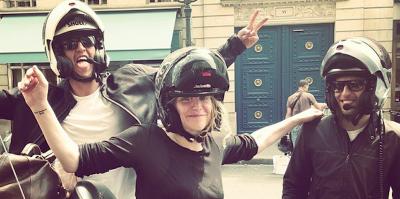 I tweet di Courtney Love contro i tassisti francesi
