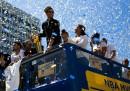 La parata dei Golden State Warriors per il titolo NBA