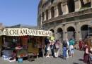 Dal 10 luglio i camion bar, i chioschi di souvenir e quelli di fiori non potranno più sostare nel centro storico di Roma
