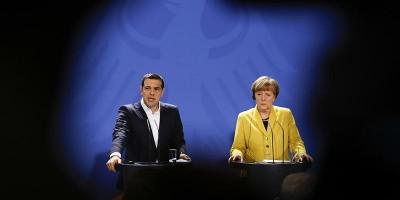 Merkel e Tsipras hanno problemi simili