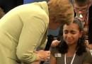 Merkel, la bambina, la Grecia, tutti noi