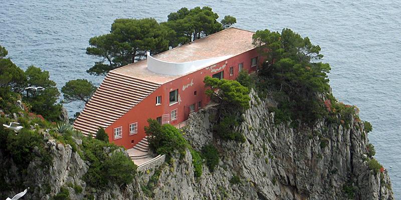 Casa malaparte il post for Villa curzio malaparte