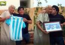 """Maradona ha incontrato l'arbitro della """"Mano de Dios"""""""