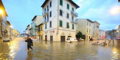 Gli allagamenti a Firenze
