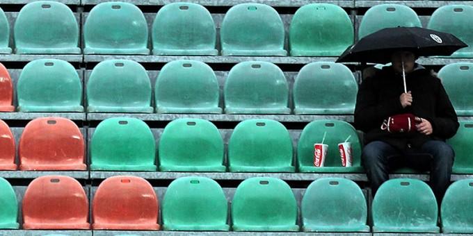 Come vedere il calcio in tv, tra Mediaset e Sky