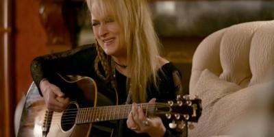 Meryl Streep che prende lezioni di chitarra da Neil Young