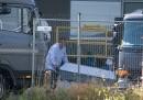 Le indagini per identificare le 71 persone morte dentro un camion in Austria