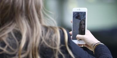 L'industria del make up si adatta ai selfie