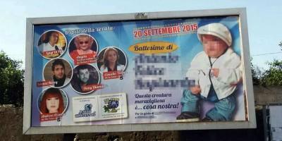 La storia dei manifesti di un battesimo particolare a Catania