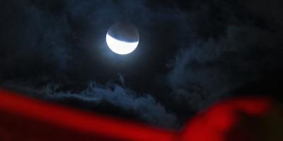 Le immagini dell'eclissi di Luna del 28 settembre
