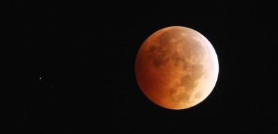 L'eclissi di Luna, stanotte: una guida