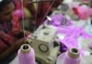 Cos'è cambiato in Bangladesh dopo la strage nella fabbrica di indumenti di Dacca