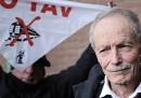 Erri De Luca è stato assolto dall'accusa di istigazione al sabotaggio per la sua frase sul sabotaggio della TAV