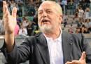 """Per il presidente del Napoli lo stadio del Napoli """"è un cesso"""""""