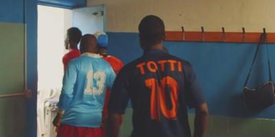 La Roma e la squadra di calcio dei rifugiati