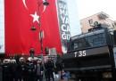 La polizia turca ha occupato le sedi di due tv