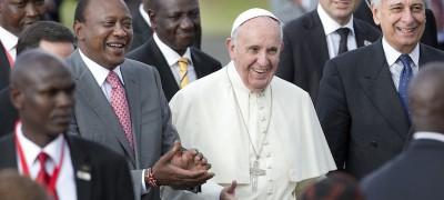 Le foto del Papa in Kenya