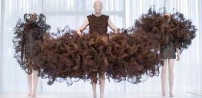 I vestiti scultorei di Iris van Herpen