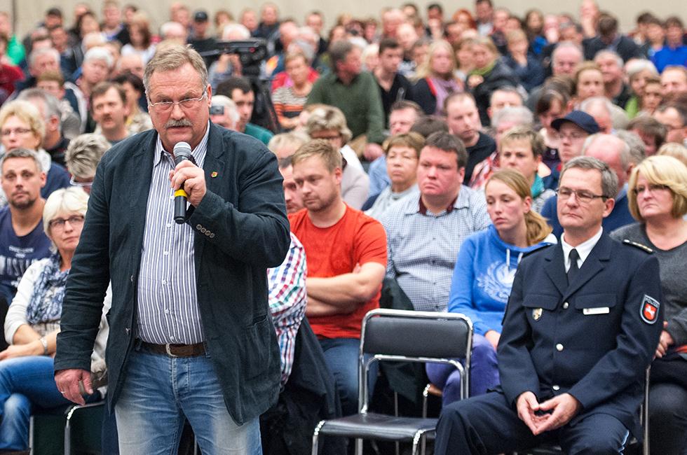 Bürgerversammlung zur Unterbringung von Flüchtlingen